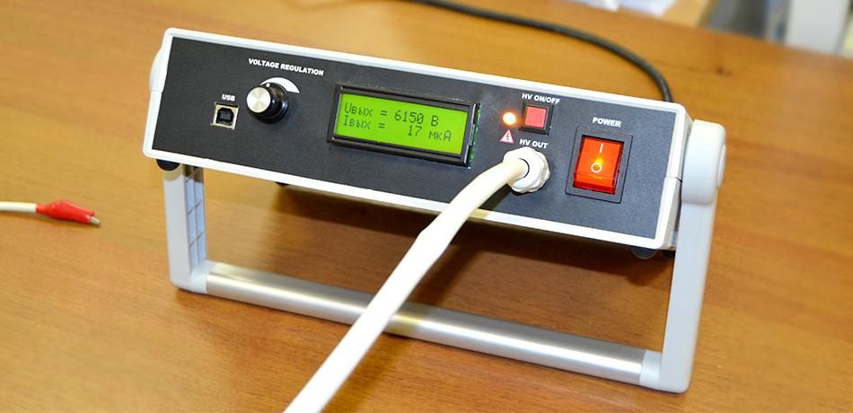 Лабораторный высоковольтный блок питания ЛВБП-1